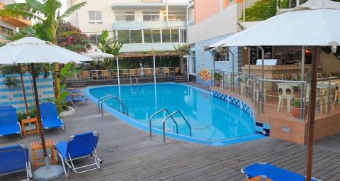 Loma Rodoksen kaupungissa Hotel Agla Top 10 Matkatarjoukset
