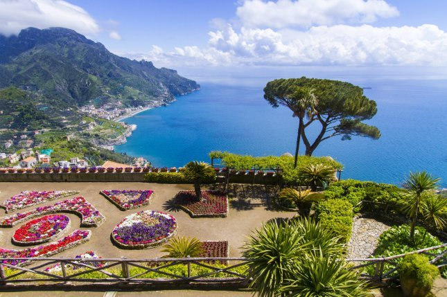 Amalfin Rannikko Italia Napsu