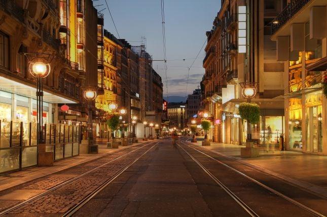 Geneve, Sveitsi | Napsu