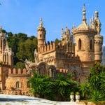 Espanjan Aurinkorannikolta löytyy valtava muistomerkki Kolumbukselle - Satumainen Colomaresin linna Benalmadenassa hämmentää