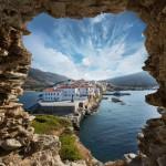 Kreikkaan vaeltamaan? Andros-saaren palkitut vaellusreitit odottavat aktiivista matkailijaa