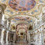 Silmiähivelevän koristeellista! Maailman suurin luostarikirjasto sijaitsee Itävallassa