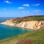 Iso-Britannian romanttiset kohteet - tyrskyäviä rantakallioita ja kuumia kylpyjä