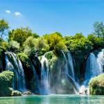Uskomattoman kaunista! Kravicen upeat vesiputoukset löytyvät Bosnia-Herzegovinasta